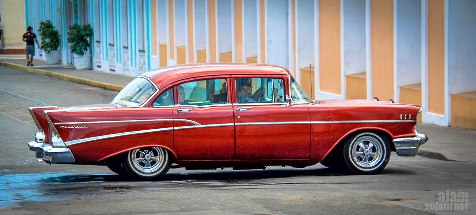 Hire A Car And Driver In Cuba