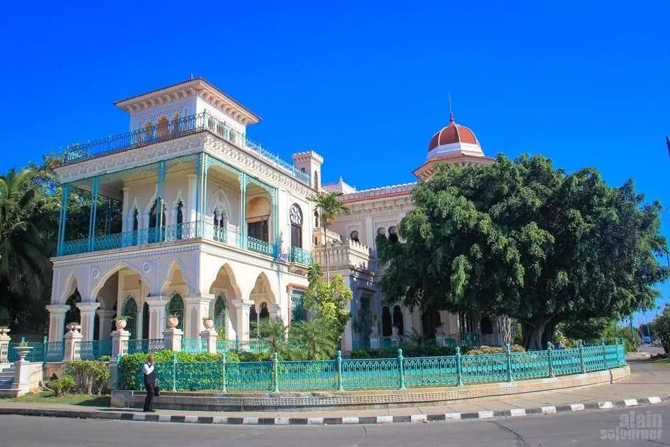 Things to do in Cuba: Visit Cienfuegos for a day. / Palacio de Valle in Cienfuegos.