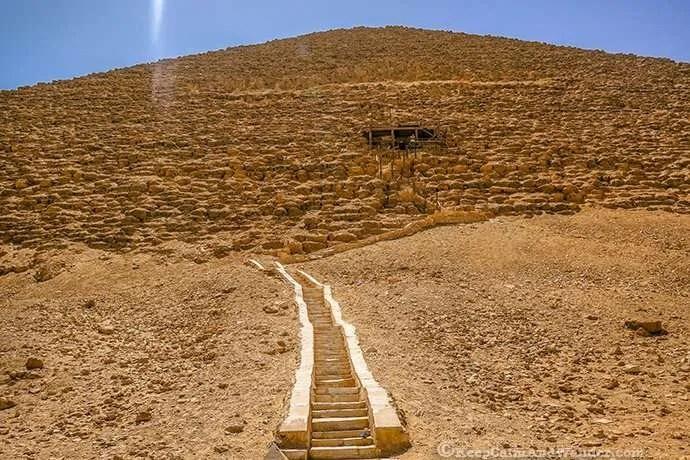 Photos: Inside the Red Pyramid in Cairo (Dahshur, Egypt).