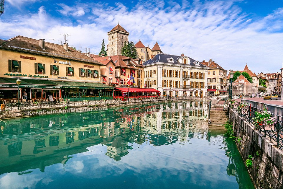 15 Photos of Annecy - A Charming Little Town in France.