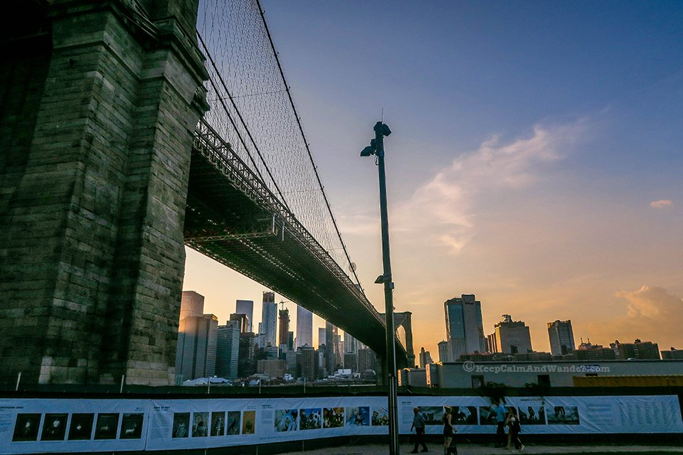 Brooklyn Bridge (Dumbo, Brooklyn, New York).