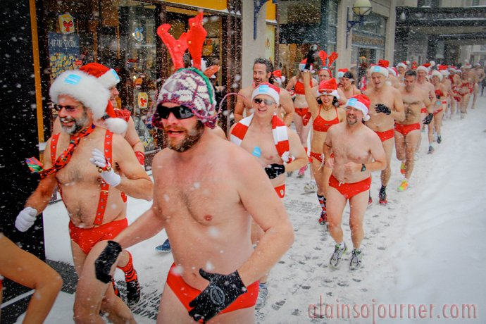 Naked Santa Speedo Run 2013 Toronto
