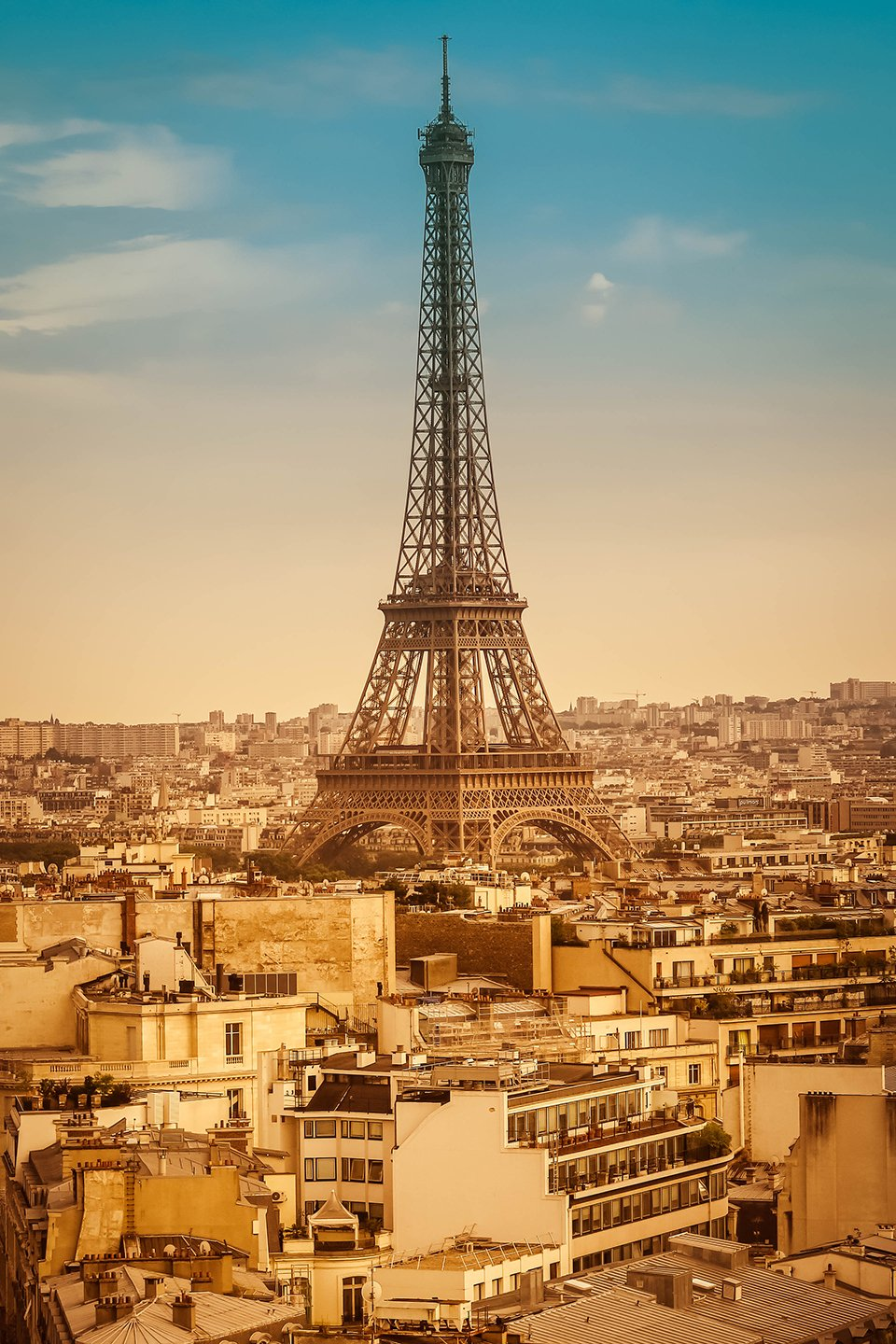 The view of Paris skyline from here is astounding!