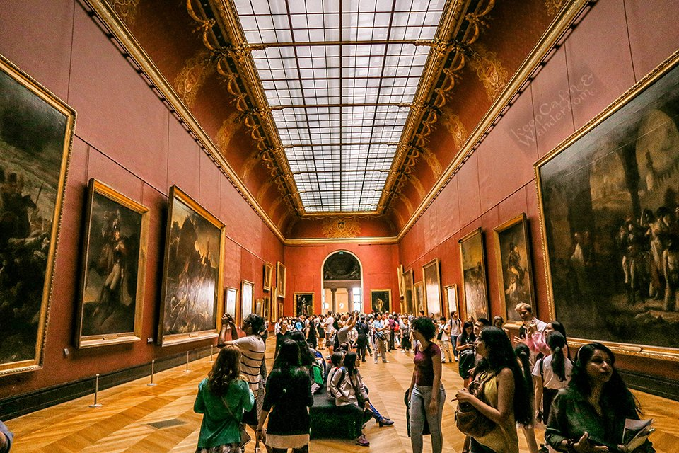 10 Masterpieces Not To Miss at Louvre Museum in Paris (France).