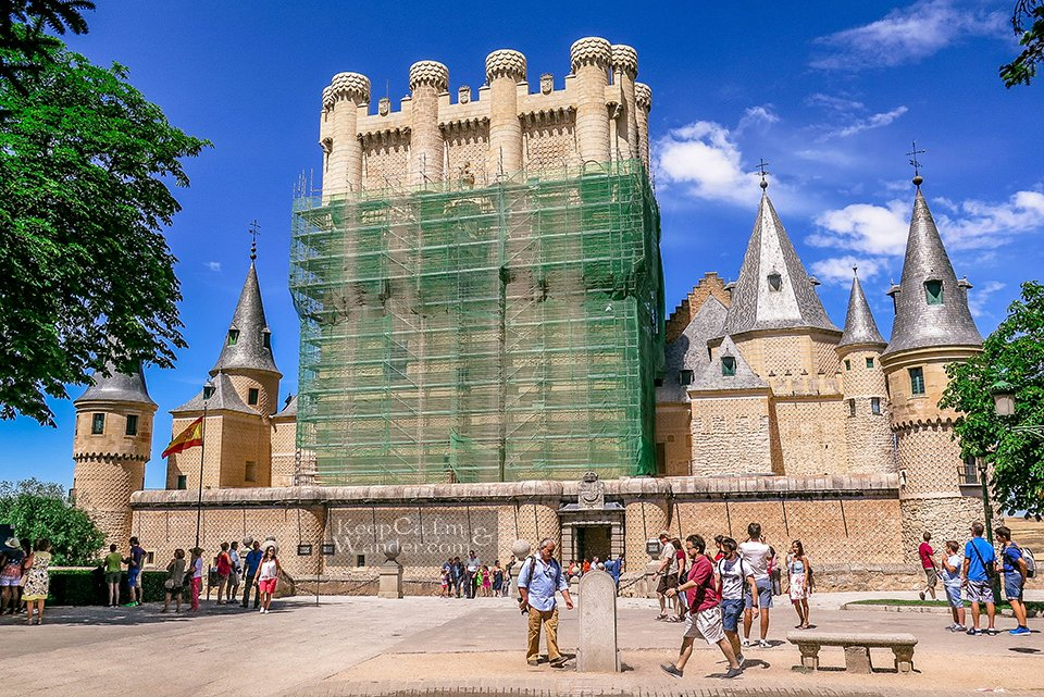 Travel Itinerary: How to Spend a Day in Segovia (Spain).