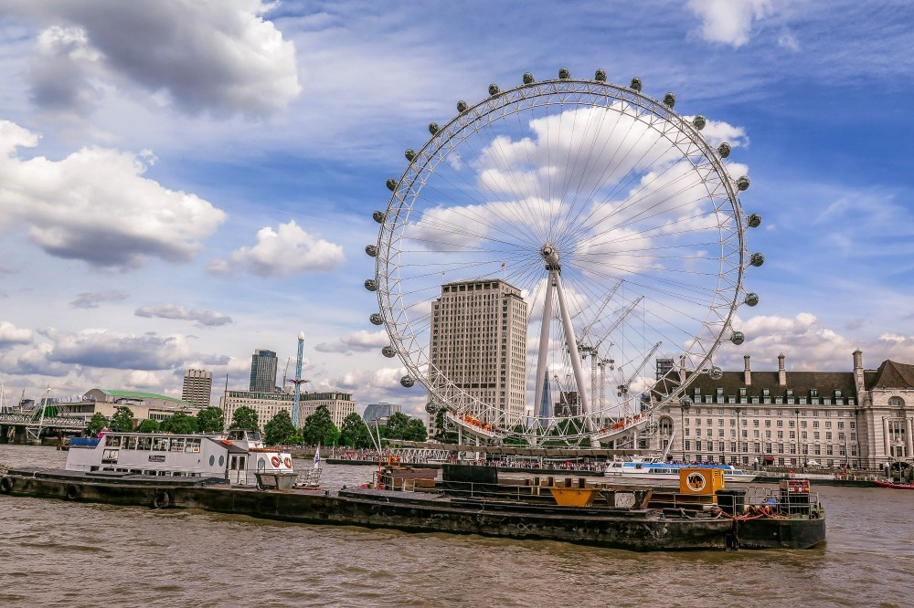 10 Interesting Facts About the London Eye (England).