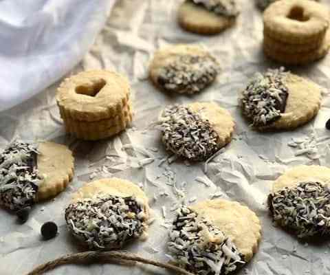 Cardamom Shortbread Cookies with Dark Chocolate and Coconut