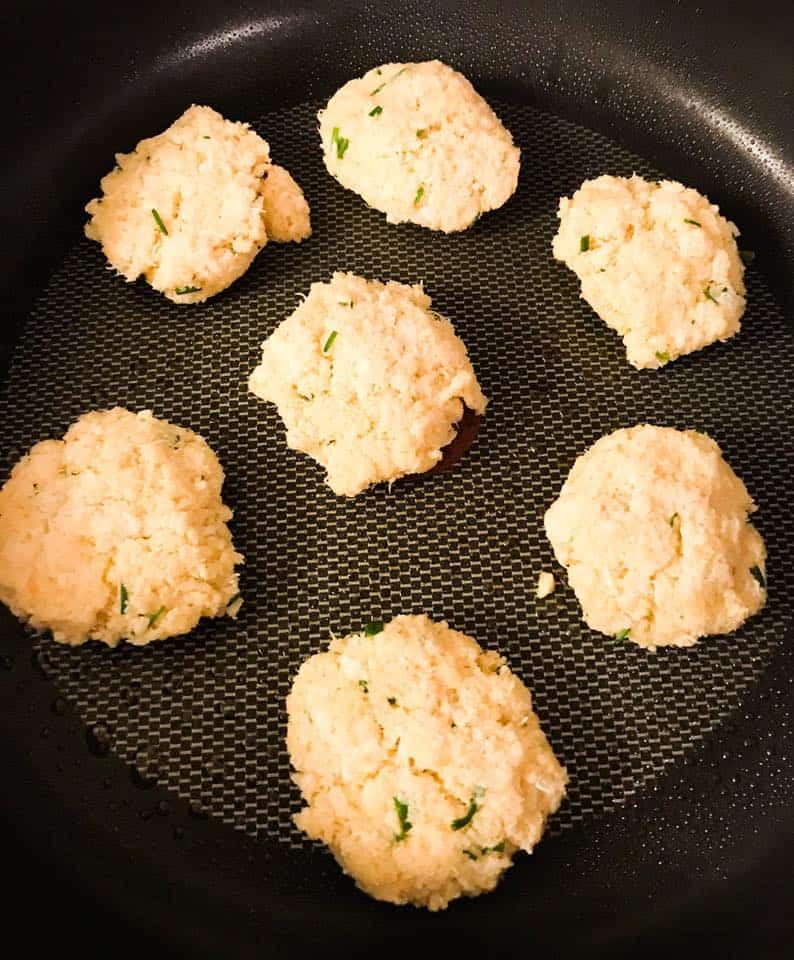 Crab Cakes2