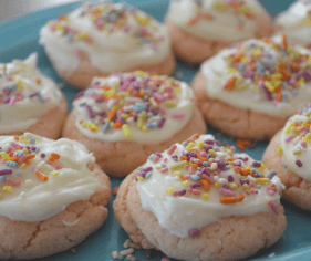 Strawberry-Cake-Mix-Cookies-4