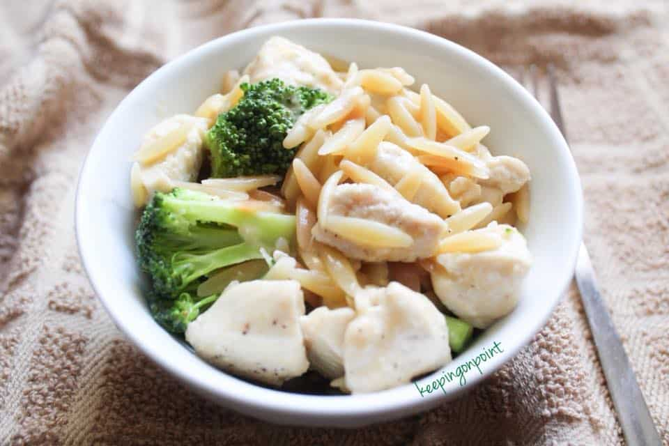 Weight Watchers cheesy brocolli chicken orzo 3