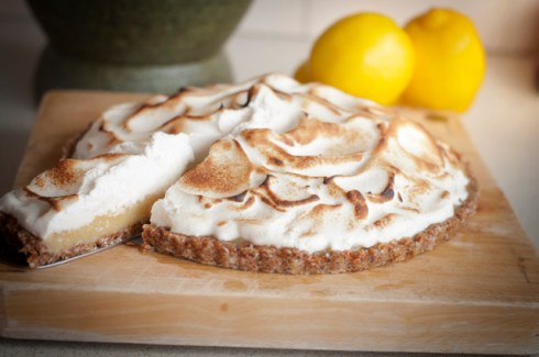 gluten free, sugar free lemon meringue pie