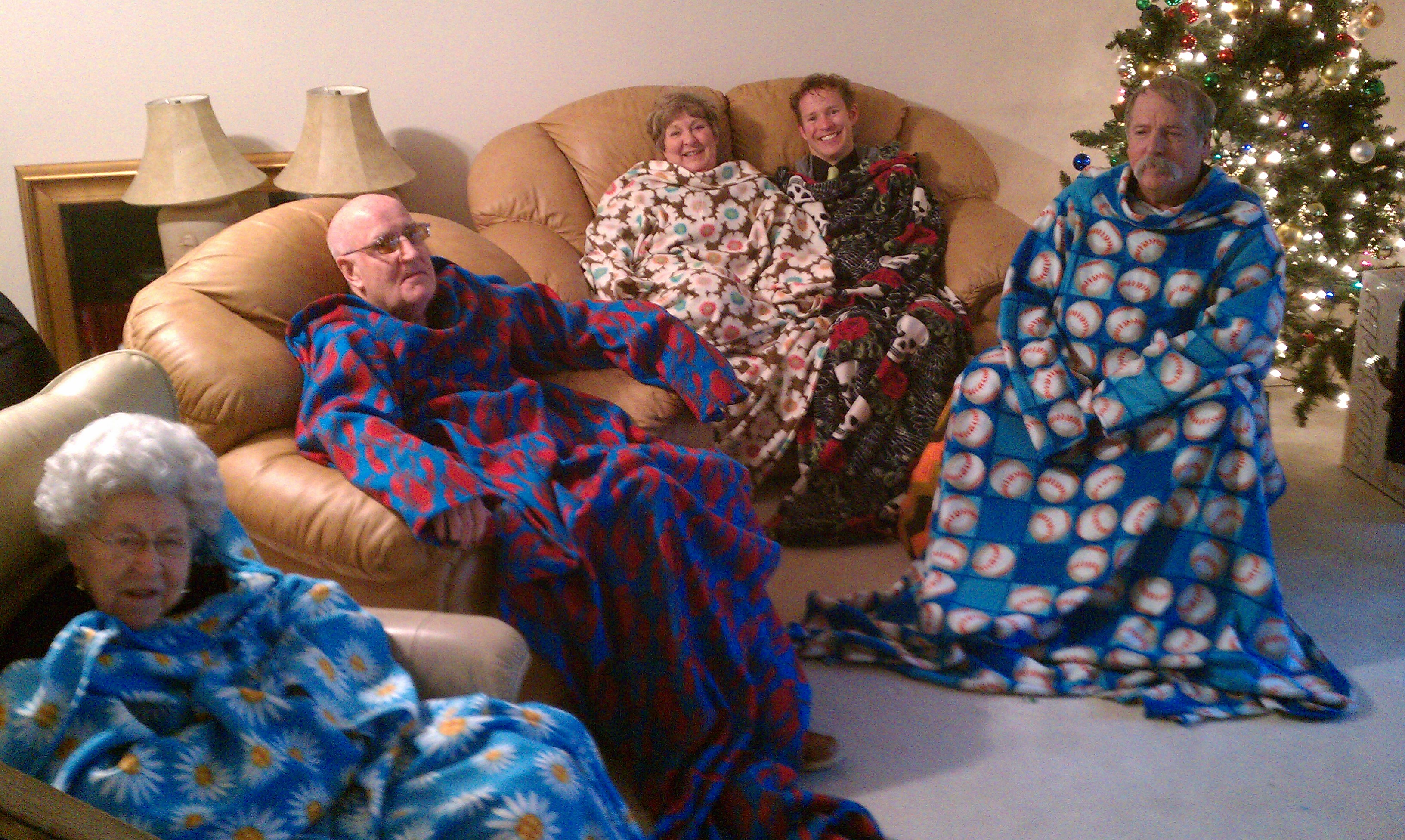 A Very Snuggy Christmas Keep It Thimble