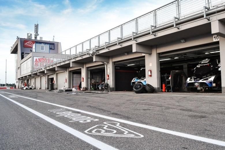 KTM X-BOW GT4_Slovakiaring (43 von 45)