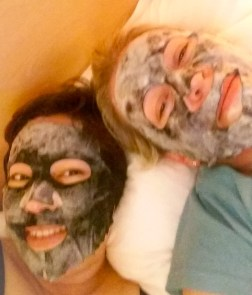 A trip to Paris would be nothing if we didn't take a moment for ourselves with these cool bubble masks!