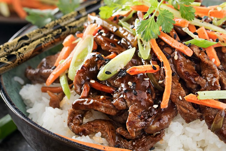 30 Minute Spicy Ginger Szechuan Beef | KeepRecipes: Your ...