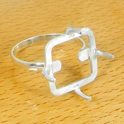 20mm square ring setting