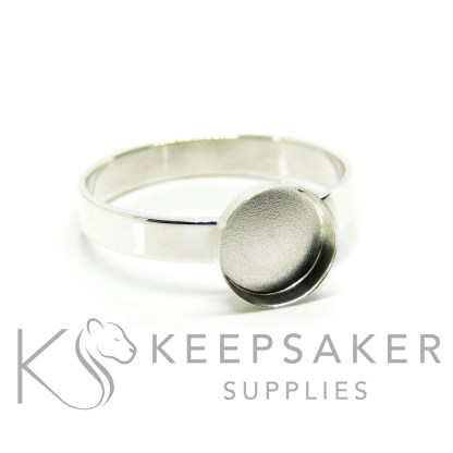 shiny band ring in Argentium silver 3mm wide, 8mm cup