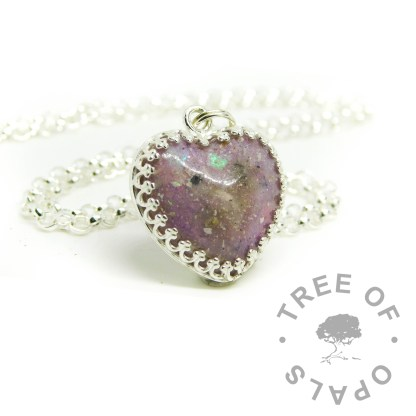 orchid purple heart setting, cremation ashes and Orchid Purple Resin Sparkle Mix in 18mm resin heart and silver setting