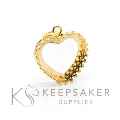 18mm medium gold vermeil crown heart setting. 925 stamped solid sterling silver plated with 24ct gold 2.5 microns thick, shown with a jump ring