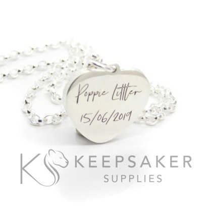 heart necklace engraved in Silver South Script font
