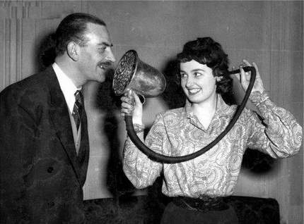 vintage-hearing-aid