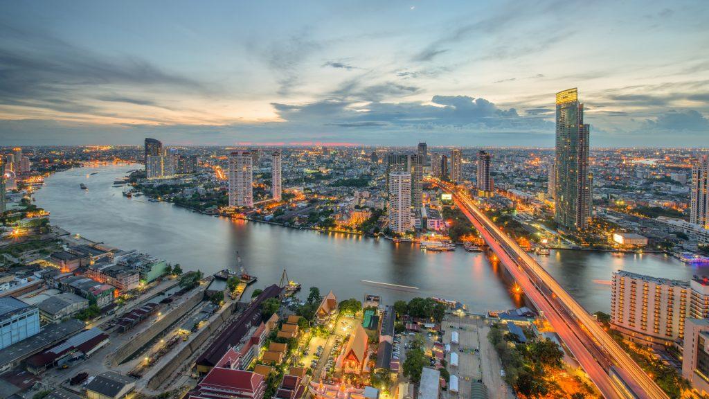 bangkok-am-abend