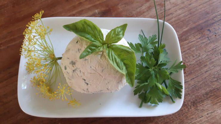 cashew - tofu spread