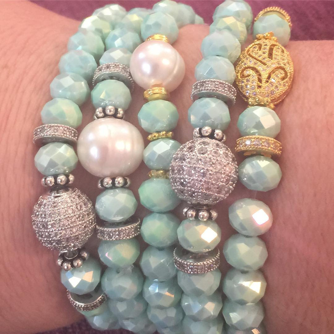 Trunk Show! Beautiful jewelry makes great gifts for the Holidays!hellip