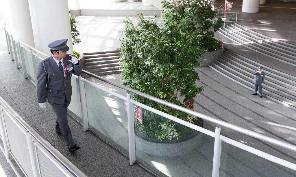ビックカメラ名古屋駅西店 施設常駐警備