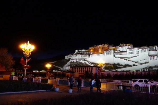 ポタラ宮夜景