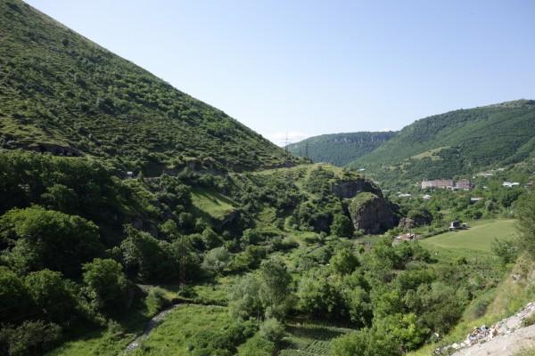 露出の多い国に突入します。【イラン-アルメニア陸路】