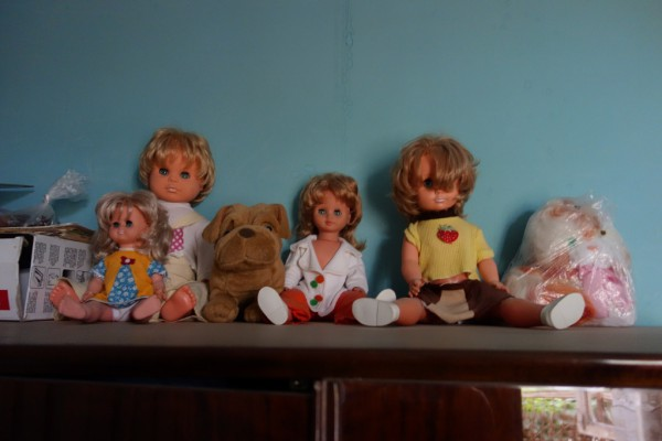 置いてある人形に迫力があります。