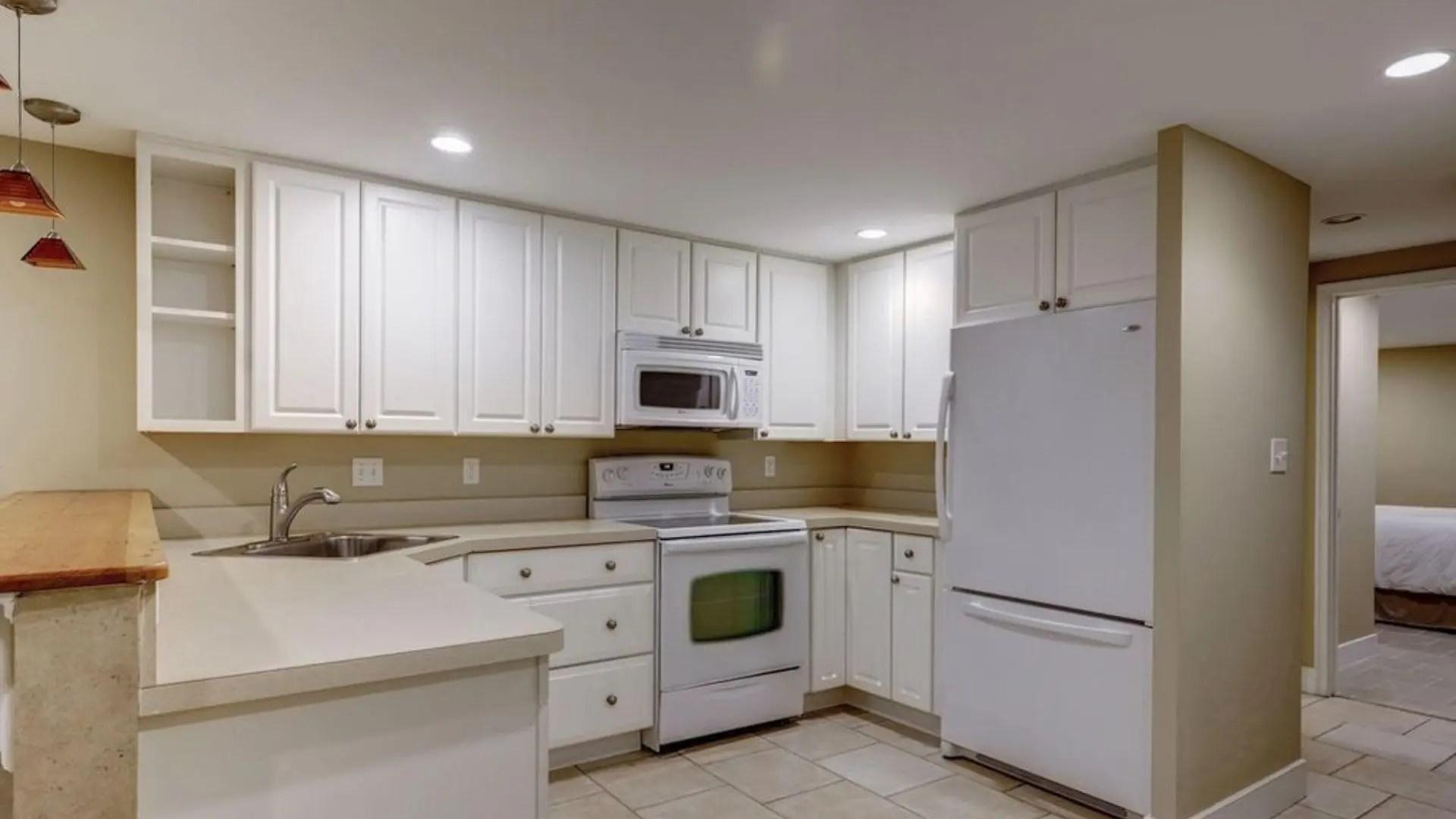 basement-kitchen-8th-NE
