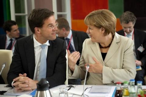 Duitsland, Kleef, 20130523MP Rutte met MerkelFoto: Kick Smeets / RO