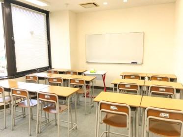 宣伝もしないのに生徒は180人以上!大手を凌ぐ実績を出し続ける強力すぎる個人塾「すばる進学セミナー」に行ってきた。