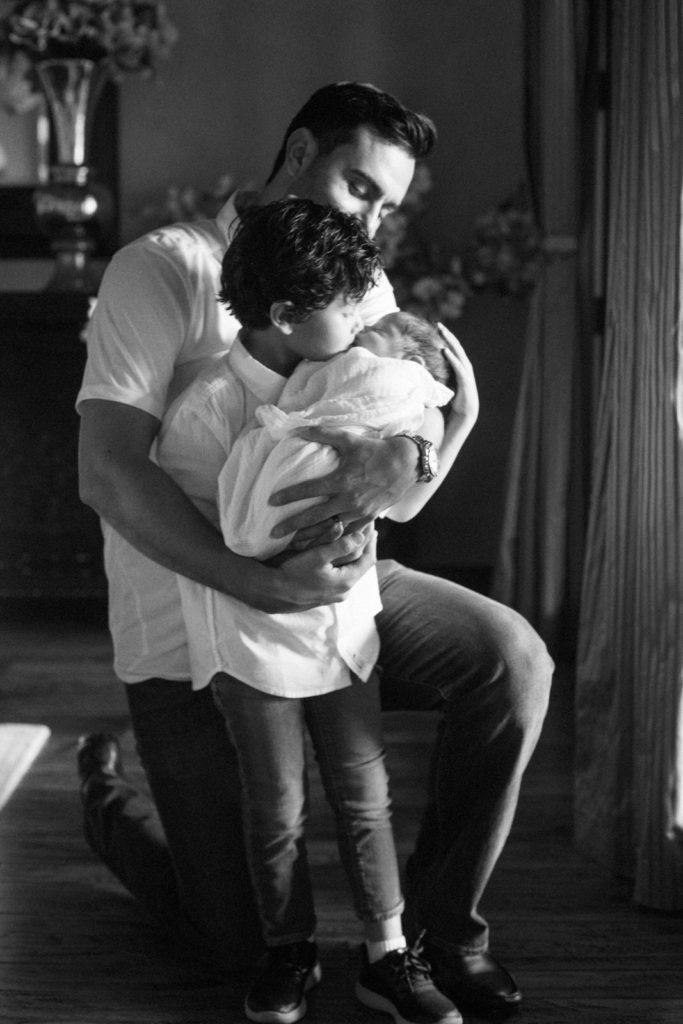 melissa and keith phoenix family photographers newborn baby with younger sibling mom and dad newborn portraits black and white