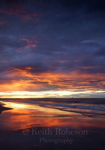 D18297-Bamburgh-beach