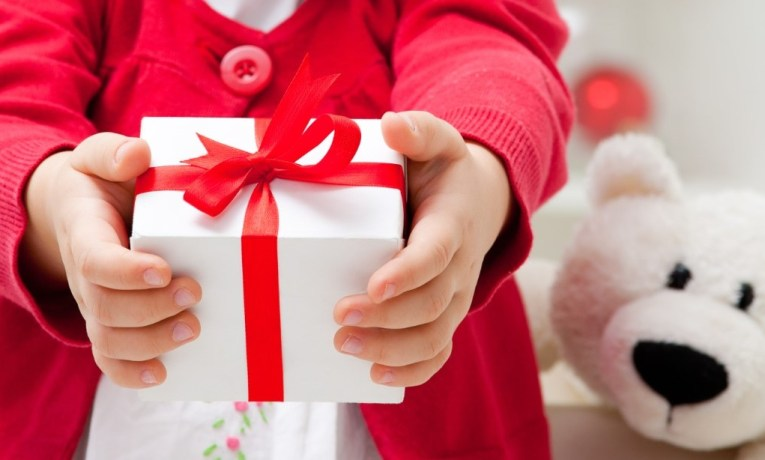 How to Recognize Life's Gifts You Cannot Touch, Measure or See – A Daughter's Present for Her Dad
