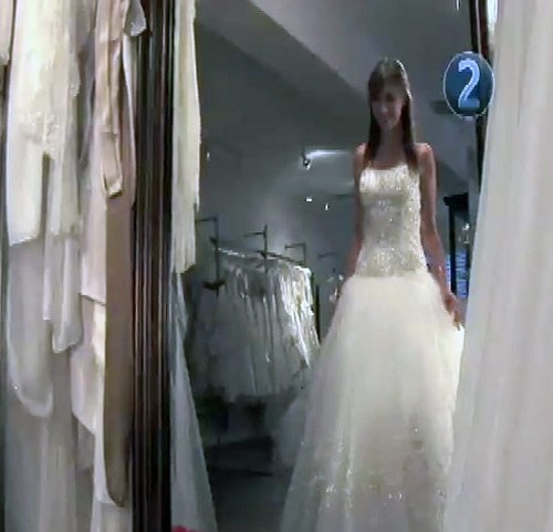 17 HT Choose A Wedding Gown 634x481