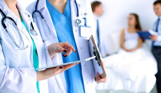医師賠償責任保険|勤務医の私がおすすめの保険、種類と特徴を比較!