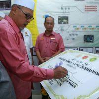 YAB Menteri Besar Kelantan Rasmi Kilang Sawit Tapis