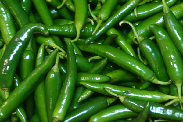 green_chili_piment_vert_delivery_lebanon