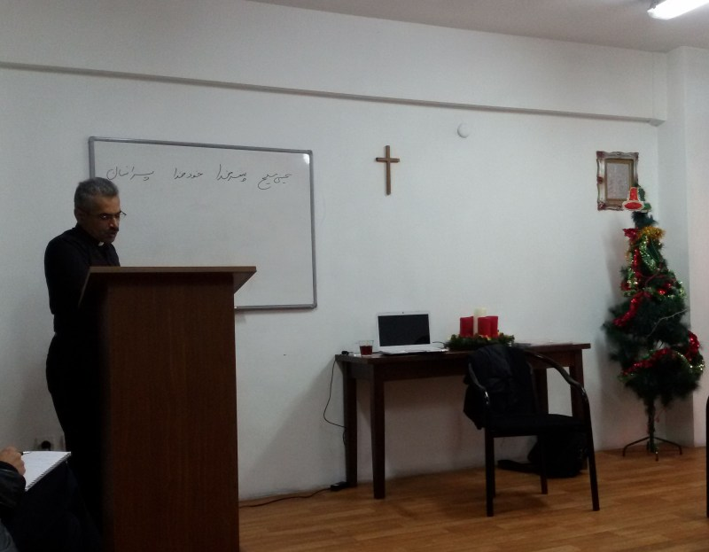 کشیش: مهرداد سپهری