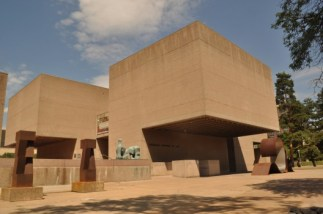 Everson Museum of Art, Syracuse, NY. Image courtesy archdaily.com