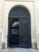Charles Wheeler, bronze doors, 1928-37, at Bank of England, Threadneedle Street, EC2. Photo credit Kelise Franclemont.