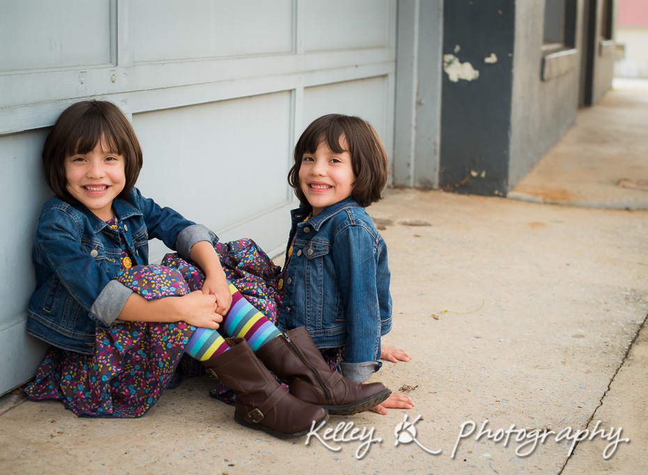 twin-children-family-photographer-