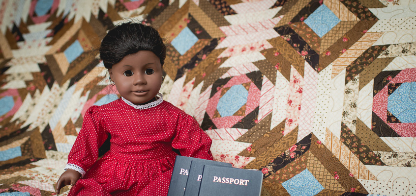 American Girl Doll with Quilt | Kelley K Photography