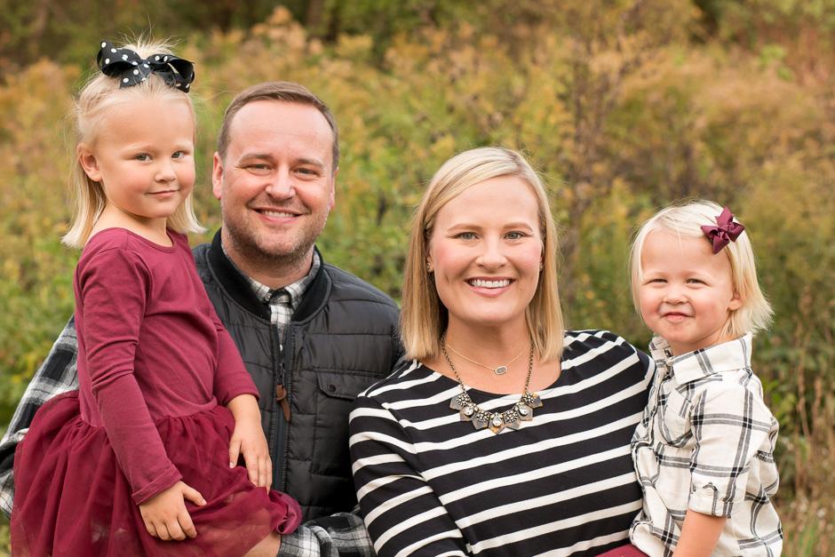 Fall-Family-Photo-2x3ratio-KelleyKPhotography-SmyrnaGA