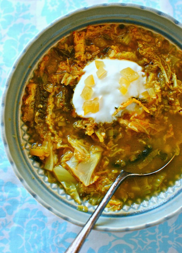 freekeh and cabbage soup