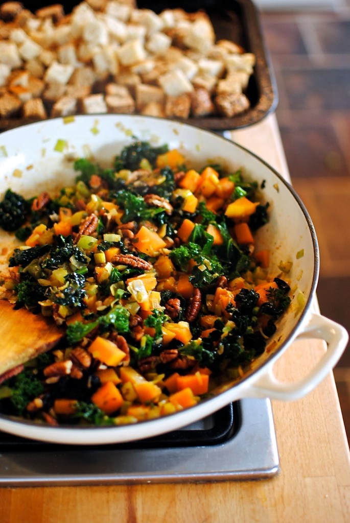 squash and kale stuffing // food to glow